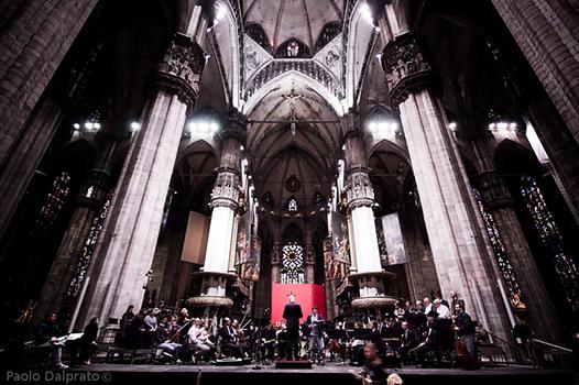 Il M° Ruben Jais Dirige Orchestra E Coro De La Verdi Nella Passione Di Bach Nel Duomo Di Milano Aprile 2014 (2)
