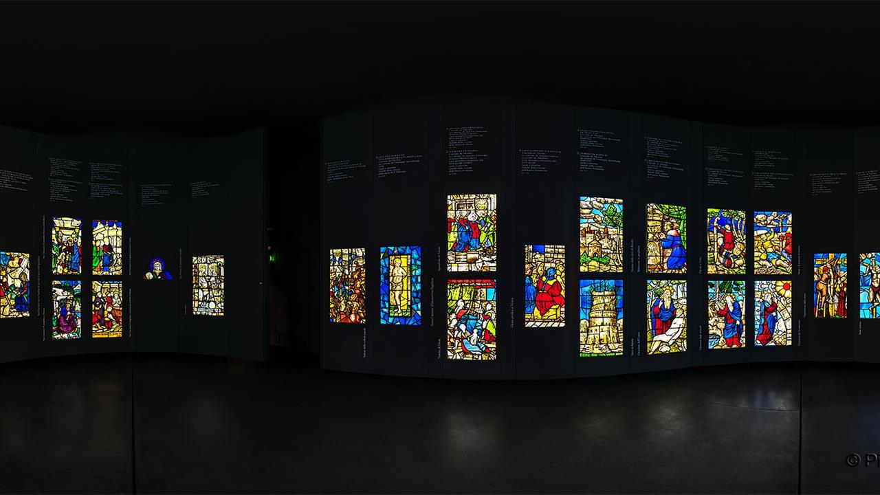 DSC06312 MI Museo Duomo Vetrate R X8j TTW
