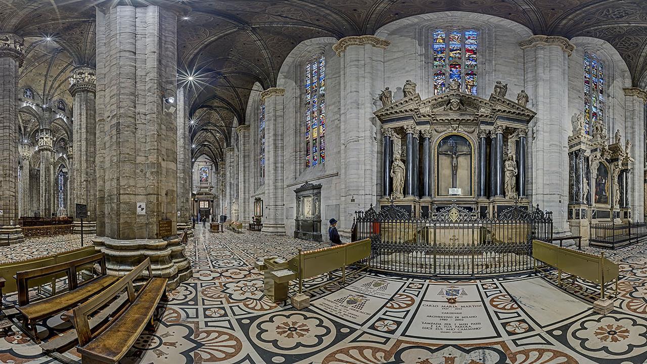 DSC06399 MI Duomo Cap Cmartini R X10j TTW