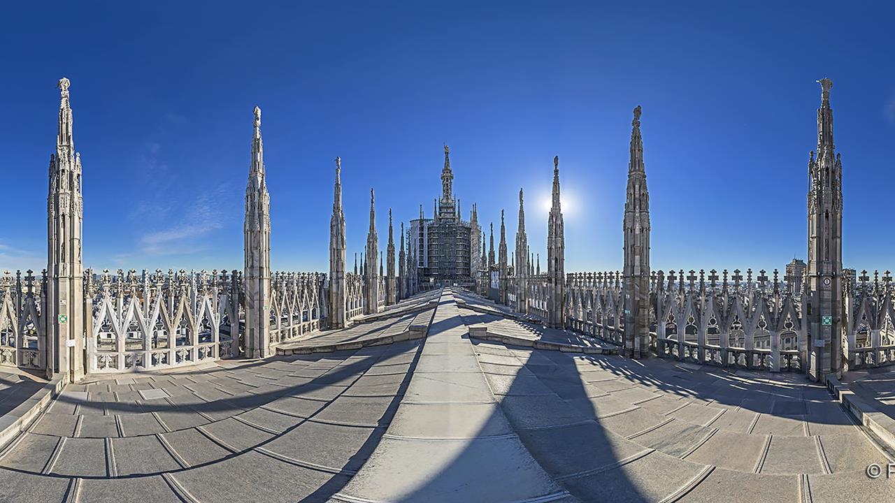 DSC06515 MI Duomo Terrazza Centro R X10j TTW