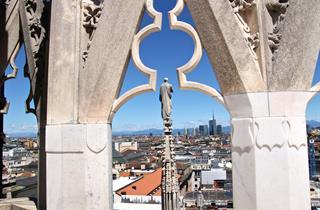 Duomo Skyline E Guglia